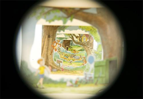Winnie the Pooh くまのプーさん100エーカーの森
