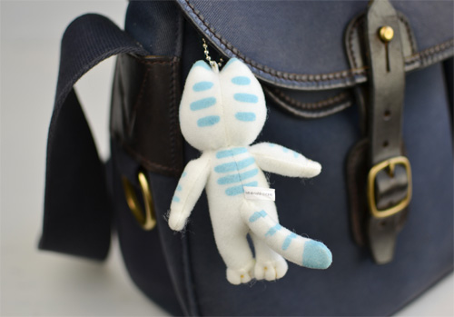 http://www.ehonnavi.net/shopping/item.asp?c=4905610535293&LID=TEM