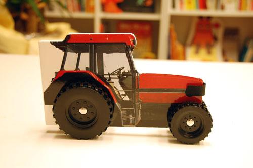 走る絵本 トラクターの商品画像1