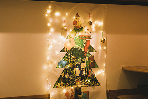 クリスマスタペストリーライトアップ